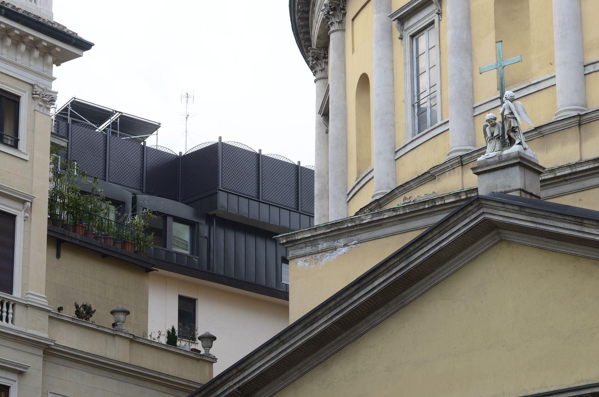 Residenziale Milano - Via San Pietro all'Orto - image 4
