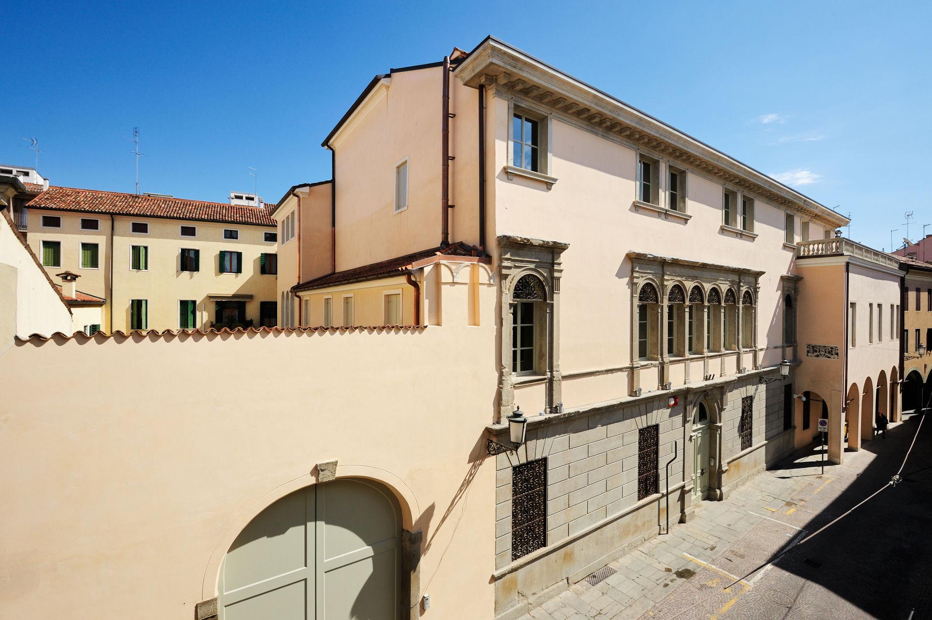 Palazzo Dondi dall'Orologio - image 5
