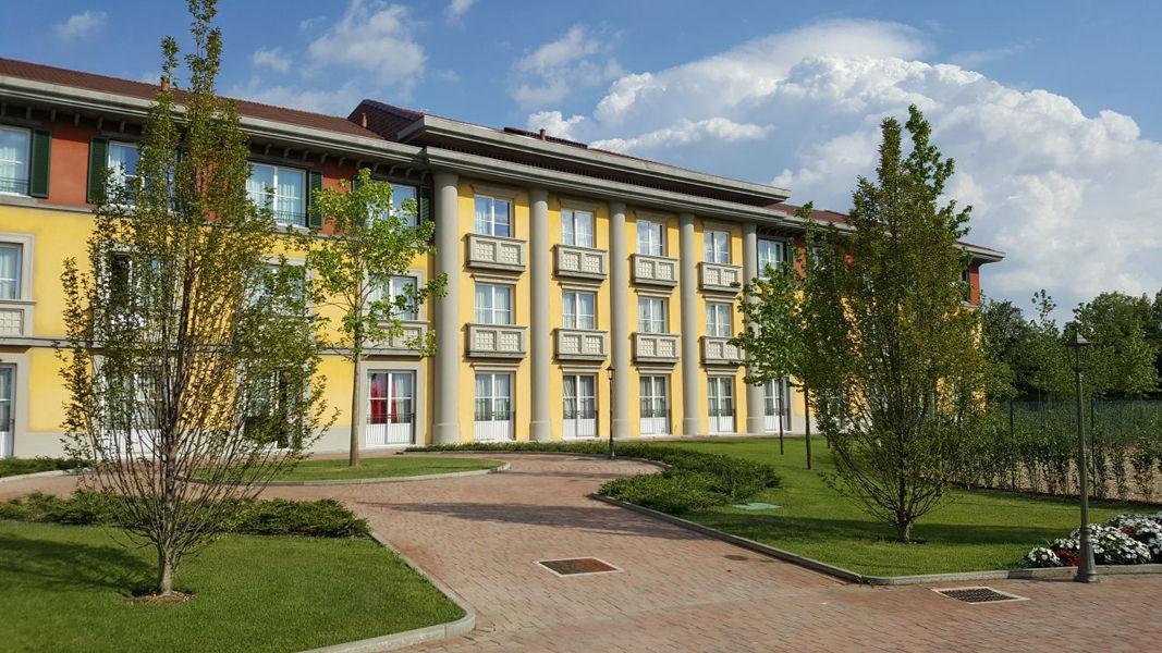 Nuovo Gardaland Adventure Hotel - image 1