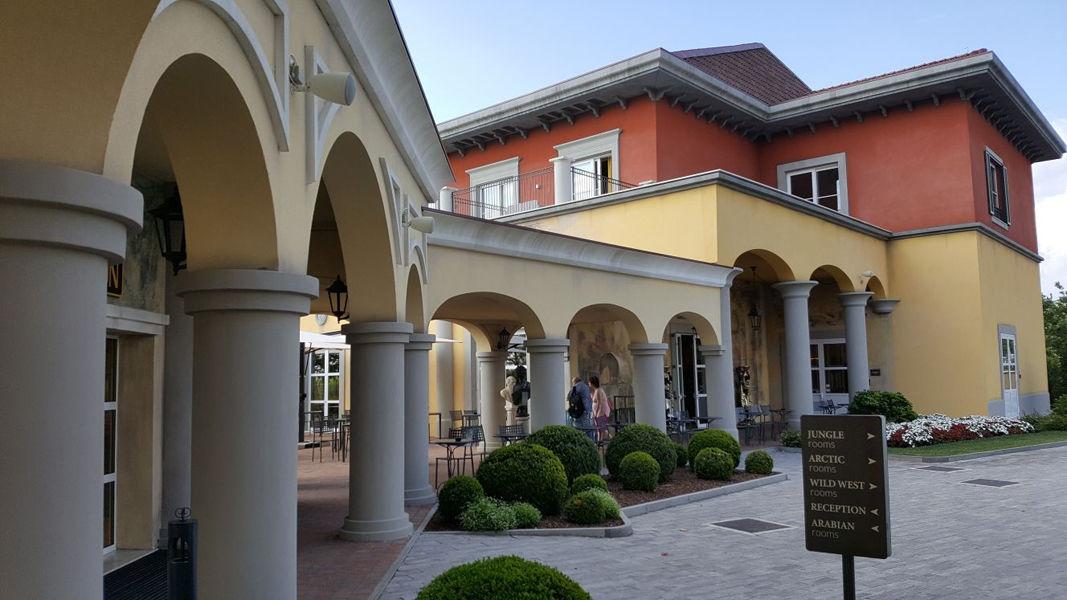 Nuovo Gardaland Adventure Hotel - image 2