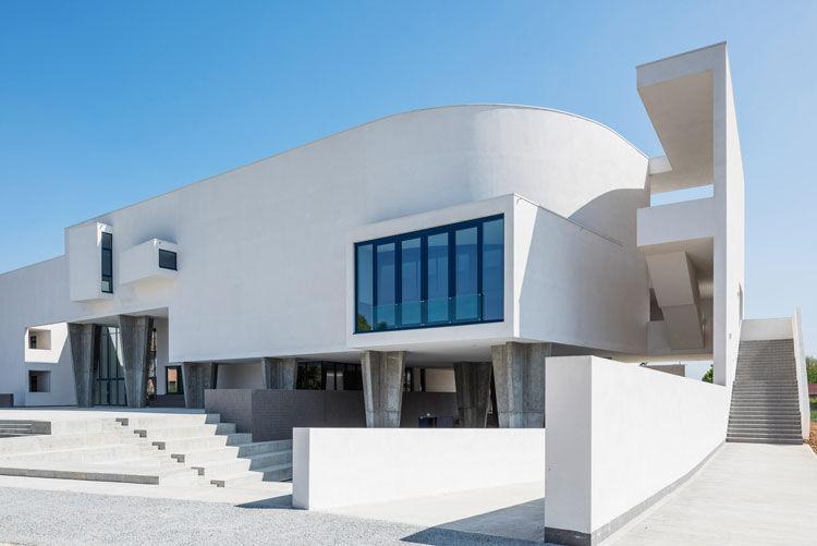 Nuovo Liceo Scientifico - image 1