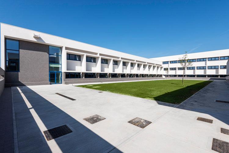 Nuovo Liceo Scientifico - image 3