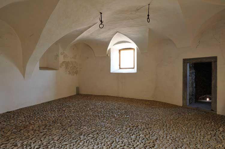 Castel Caldes, Val di Sole, Trentino - image 3
